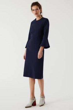 Midi Kleid mit Volantärmeln